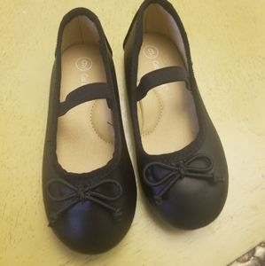 NWOB Cat & Jack girl black ballerina shoes size 9